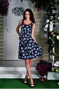Д22 Платье Дарина (Ромашки на т.син.)